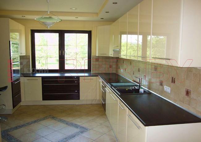 Кухня под окно №82