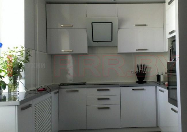 Белая кухня №104