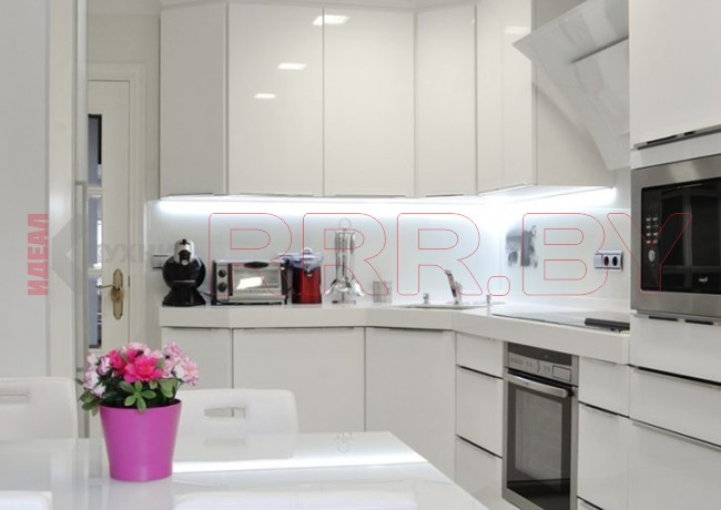 Кухня в стиле хай-тек № 108