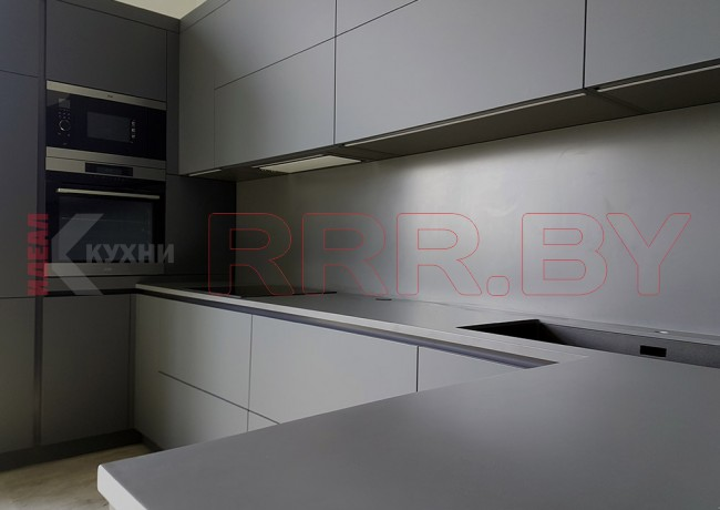 Кухня с каменной столешницей №50