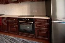 Кухня с каменной столешницей №54