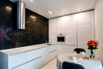 Кухня с профилем Gola №01