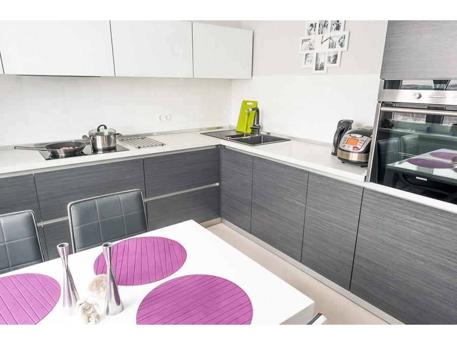 Кухня из пластика №59