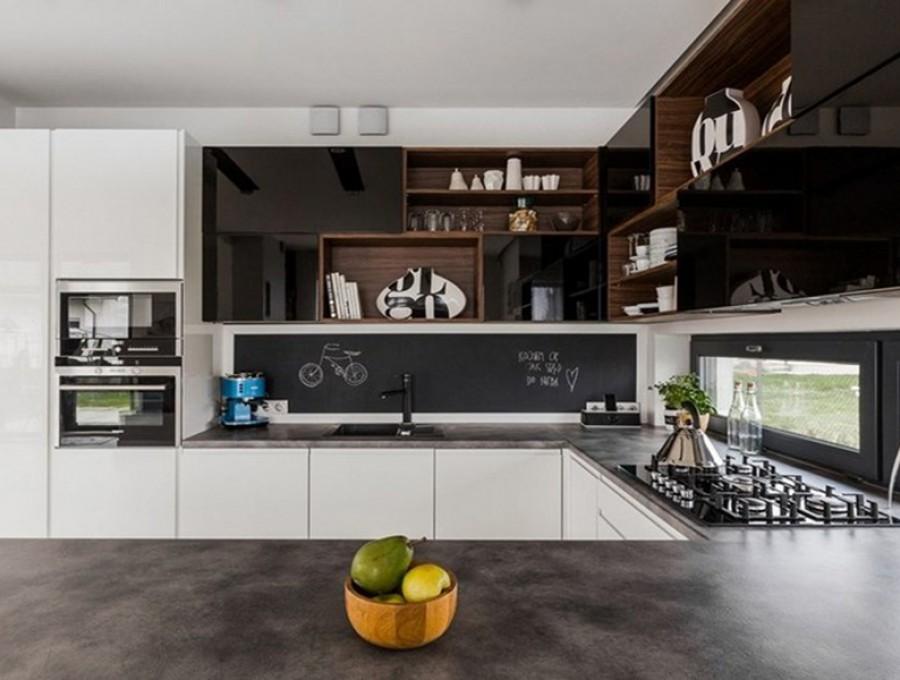 Кухня под окно №72